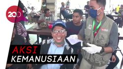 Mahasiswa di Makassar Semprot Disinfektan dan Bagi-bagi Masker