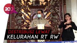 Anies Bagikan Masker Gratis ke Warga Jakarta