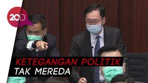Anggota Parlemen Hong Kong Berkelahi