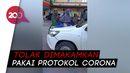 Naik ke Kap Mobil, Keluarga Cegat Jenazah PDP Corona di Makassar