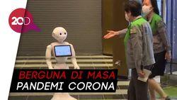 Robot-robot Ini Bantu Manusia: Upacara Kelulusan hingga Bikin Disinfektan