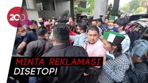 Ricuh! Massa Tolak Reklamasi Ancol Bentrok di Balai Kota DKI