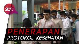 Anies Hadiri Salat Idul Adha di Masjid Fatahillah Balai Kota DKI