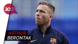 Hubungan Arthur dan Barcelona Kian Memanas