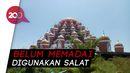 Warga Gelar Salat Jumat di Masjid 99 Kubah, Meski Dilarang Gubernur