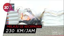 Red Flag! Vinales Jatuh, Motor Nyelonong dan Terbakar