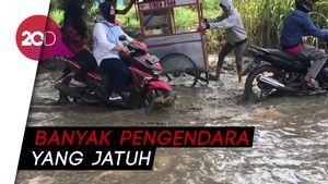 Dear Pemkab Bogor! Jalan Raya Bojong Gede Rusak, Warga Minta Diperbaiki