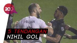 Debut Higuain di MLS: Penalti Melayang, Ribut, Kalah