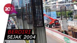Kondisi Tiang Monorel Jakarta yang Mangkrak 16 Tahun