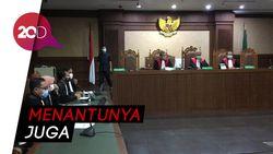 Eks Sekretaris MA Nurhadi Didakwa Terima Suap Rp 45,7 Miliar