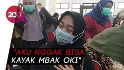Tangis Ria Ricis Saksikan Oki Setiana Dewi Raih Gelar Doktor
