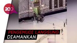 Detik-Detik Mobil Nyelonong Masuk Masjidil Haram