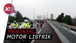 Motor Listrik Mengaspal di Kota Bandung