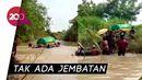 Viral Video Warga Gresik Seberangkan Keranda Lewat Sungai