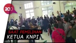 Viral! Muscam di Bekasi Ricuh, Kursi Beterbangan