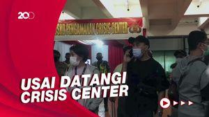 Keluarga Awak Kabin Sriwijaya Air SJ182 Menuju RS Polri Bawa Sampel DNA
