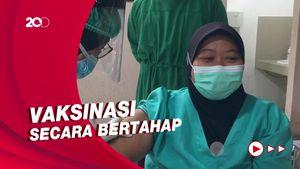 RS Polri Vaksinasi 400 Tenaga Kesehatan