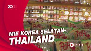 Melihat Surga Mie Instan di Jakarta Barat