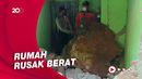 Batu Besar Longsor Hancurkan 2 Rumah Warga di Pacitan