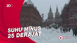 Moskow Diguyur Salju Lebat Tiga Hari Berturut-turut