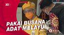 Ganjar Pakai Busana Adat Melayu Saat Vaksinasi ke-2