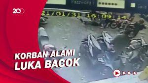 Terekam CCTV! Belasan Anggota Geng Motor Keroyok Pemuda di Cianjur