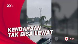 Banjir di Tol JORR, Kendaraan Tak Bisa Melintas