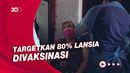 Tak Ada Kerumunan, Vaksin Corona Buat Lansia di Cile Diantar ke Rumah