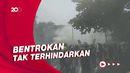 Ketegangan Massa Pedemo Bentrok dengan Polisi Myanmar