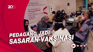 Ratusan Pedagang di Mal Kota Bandung Jalani Vaksinasi Covid-19