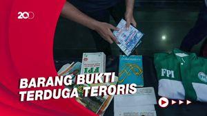 Barang Bukti Temuan Terduga Teroris, Baju FPI-Alumni 212