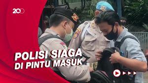 Polda Metro Jaya Dijaga Ketat Usai Penyerangan di Mabes Polri
