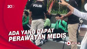 Demo Buruh, Sejumlah Remaja Diamankan Polisi di Patung Kuda!