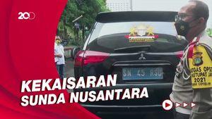 Sederet Gambar Kekaisaran Sunda Nusantara di Mobil Pajero SN-45-RSD