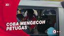 Hendak Mudik, Minibus Berisi Belasan Penumpang Diputar Balik di Pantura