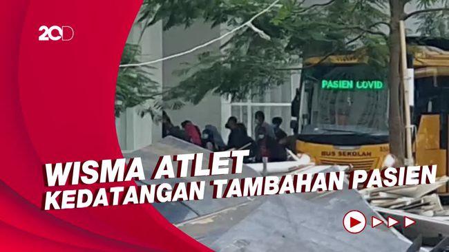 Senin Sore, 7 Bus Sekolah Antarkan Pasien Covid-19 ke Wisma Atlet