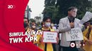 Demo BEM SI di Depan Gedung KPK Ditutup Aksi Teatrikal untuk Firli