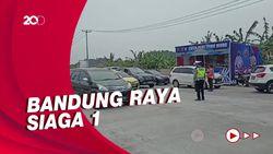 Penyekatan di Pintu Tol Soroja, Pelat Luar Bandung Disetop