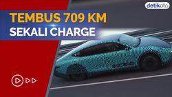 Super Irit! Mobil Solar Panel Listrik Ini Bisa Tempuh 709 Km Sekali Charge
