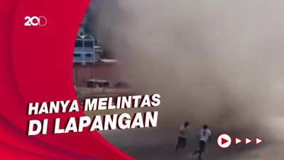 Tornado Ganggu Laga Sepakbola di Bolivia, Pemain Kocar-kacir