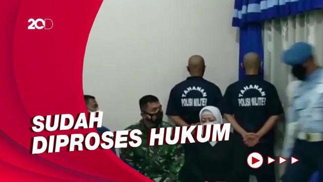 Berbaju Tahanan, Ini Wujud Oknum TNI Penginjak Kepala Warga di Papua