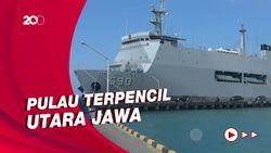 KRI Makassar-590 Dikerahkan untuk Vaksinasi Warga di Pulau Bawean