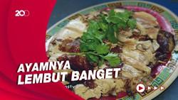 Bikin Laper: Menyantap Whole Chicken Pakai Bakso Goreng Renyah