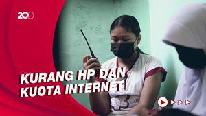 Setahun Pandemi, SD Di Solo Masih Pakai HT untuk Belajar