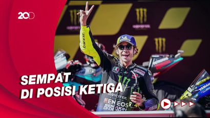 Rossi Sempat di Jalur Podium Saat Marquez Cs Ganti Motor