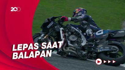 Ngeri! Momen Fairing Motor Bastianini Terbang di MotoGP Austria
