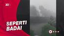 Angin Kencang-Hujan Terjang Depok, Atap Beterbangan
